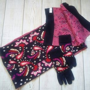 Vera Bradley knit scarf set with gloves